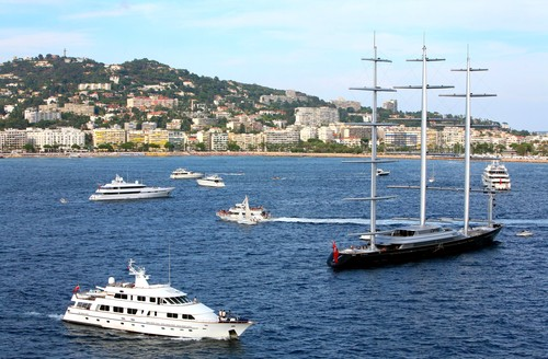 Cannes, France (little boats)