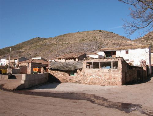 VALDEGUTUR (Aldea de Cervera del Río Alhama). Valle del Alhama. 13 habitantes-INE (2005).