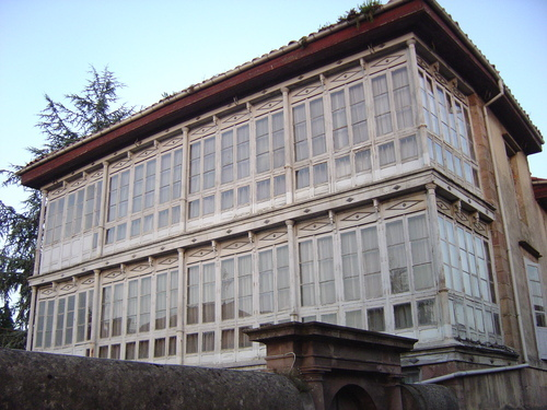 Antiguo asilo de Carrejo