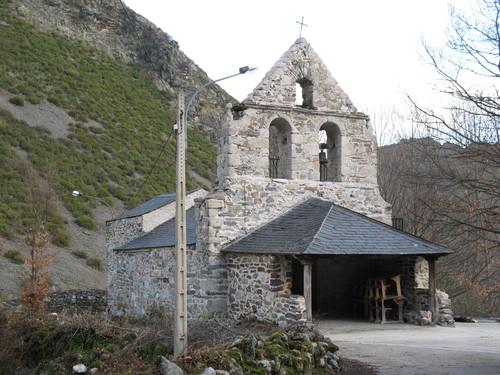 Porcarizas, iglesia