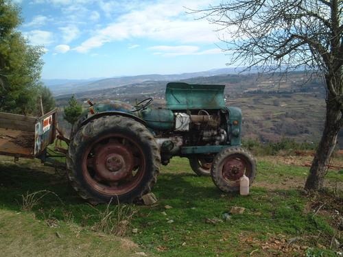 Abelaira, Tractor averiado