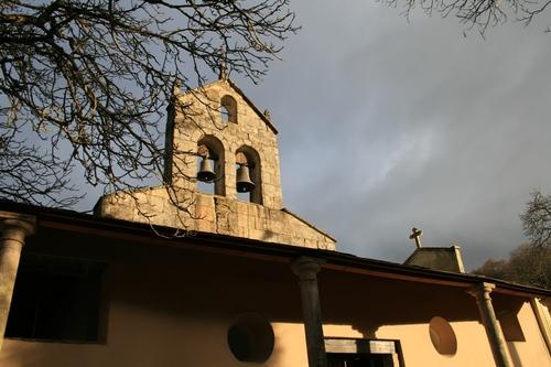 Igrexa de Santa María Do Mao [Church of Santa María in Val Do Mao]