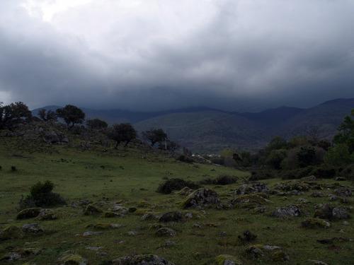 La Sierra con nubes desde La Dehesa