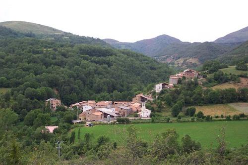 Pista de Buira, Looking West to Les Esglesies