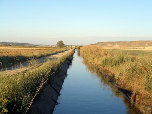 Canal de Riego (Canal de Castilla,Valdeginate)