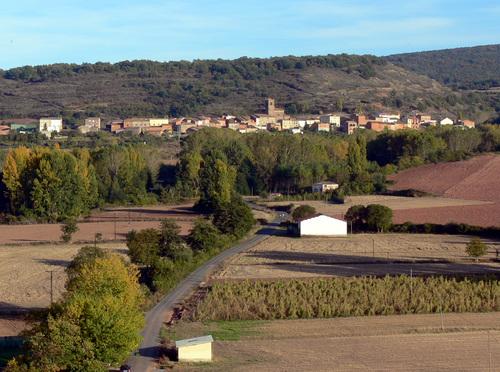 SANTA COLOMA (La Rioja). 2007. Valle del Najerilla. Vista desde el pueblo de Bezares.