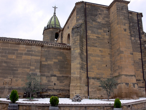 RODEZNO-Alto Ebro. Iglesia de la Asunción (sXVI-XVIII). Torre pentagonal.