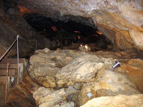 Villanúa. Cueva de las Guixas