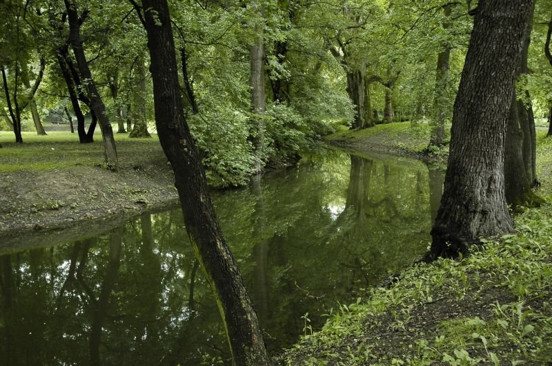 Hlohovec: Panska zahrada 01
