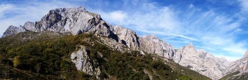 Picos_de_Europa_pasando_Cordiñanes