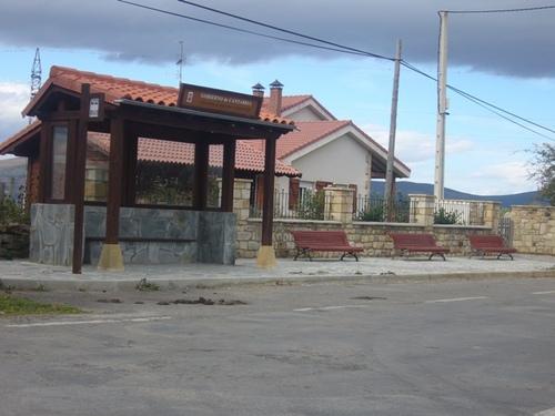 Apeadero rural Bus en Arroyo