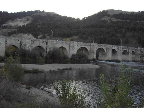 Puente Romano sobre el rio Pisuerga- Cabezón- (Valladolid)