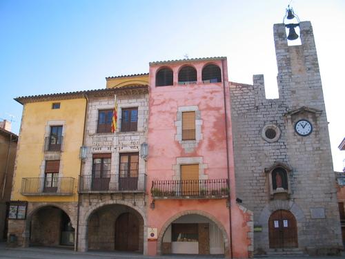 Plaça a Torroella de Montgrí