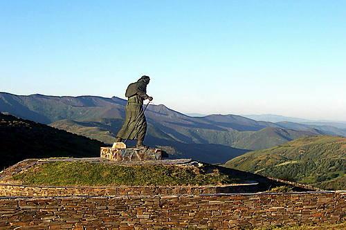 Peregrino, Alto de San Roque 1270 m