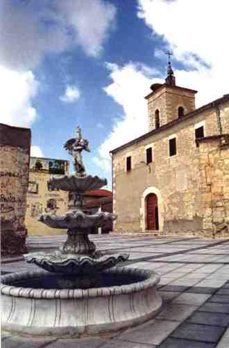 Iglesia de Fuentesaúco de Fuentidueña