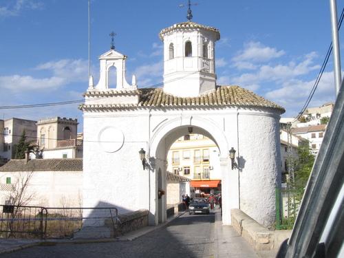 Puerta de Pinos Puente