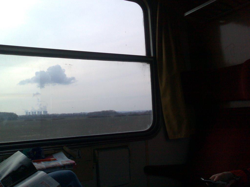 elektraren Jaslovske Bohunice z vlaku