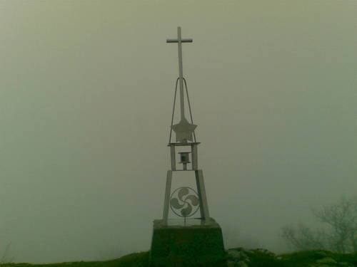 Buzón Alto del corral ( Gibixo ) [ Mucha niebla ]