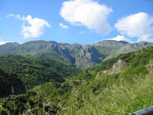 Picos Europa desde Golondrón