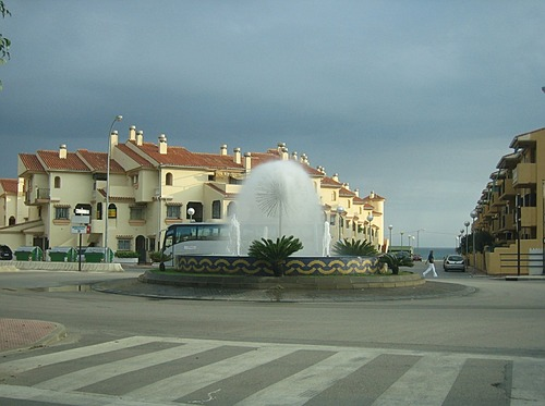 The dangerous roundabout in Benagalbón! (Its beauty took too much of my attention from the traffic) ;-)