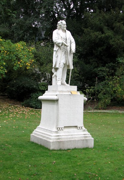 Statue of Chevreul