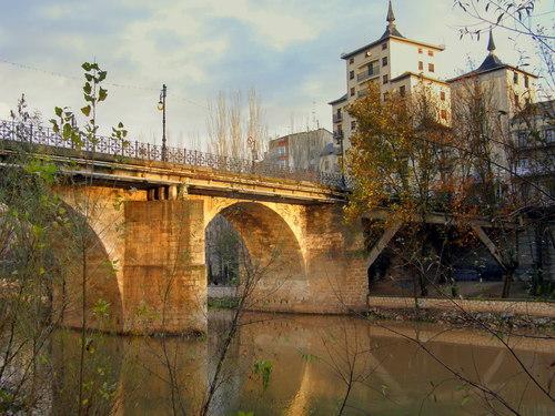 Puente sobre el Rio Duero
