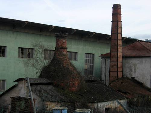 Chimeneas antigua fábrica de San Claudio