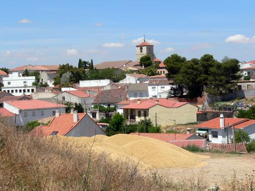 Pezuela de las Torres. Pueblo visto desde el cerro.