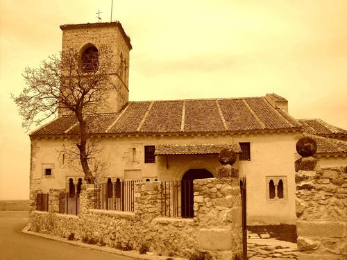 torrecaballeros, Iglesia de S. Nicolás de Bari. Mi blanco & negro. Google.