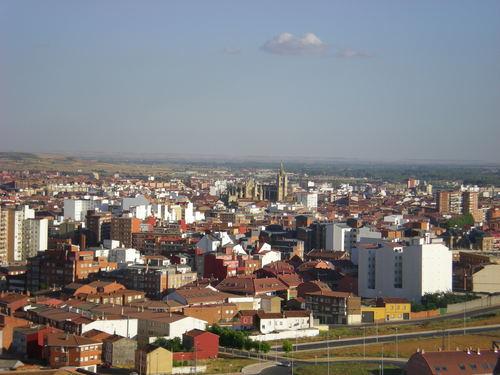 Centro ciudad de León desde Hospitales