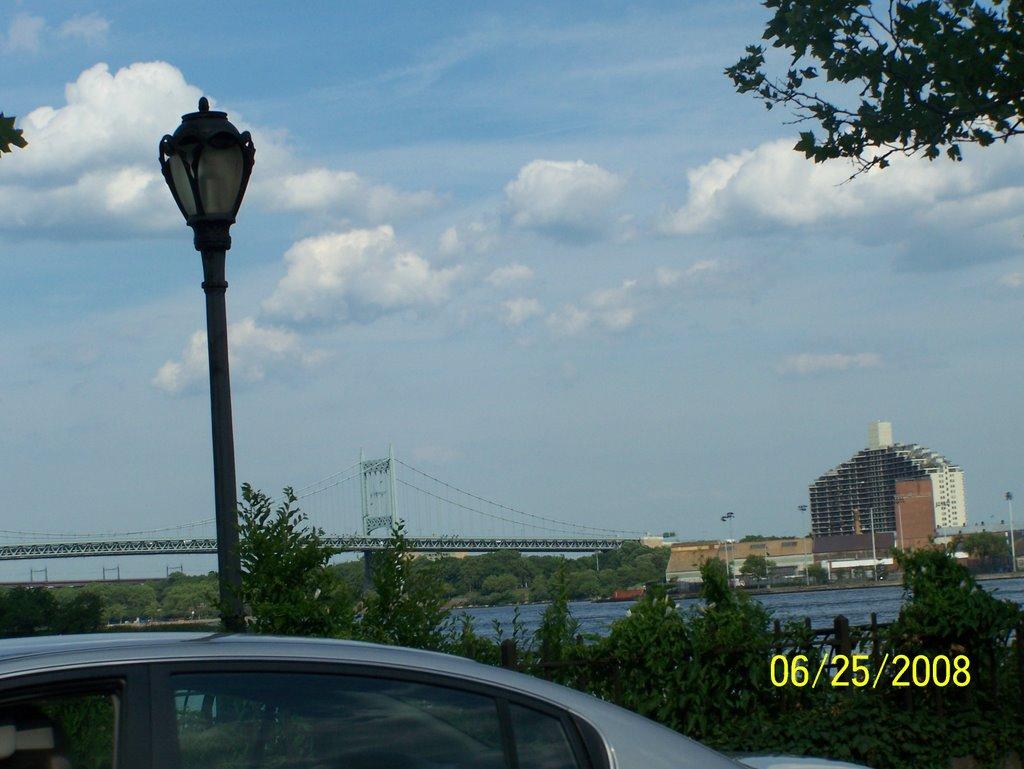 E 102ND ST AND FDR NY