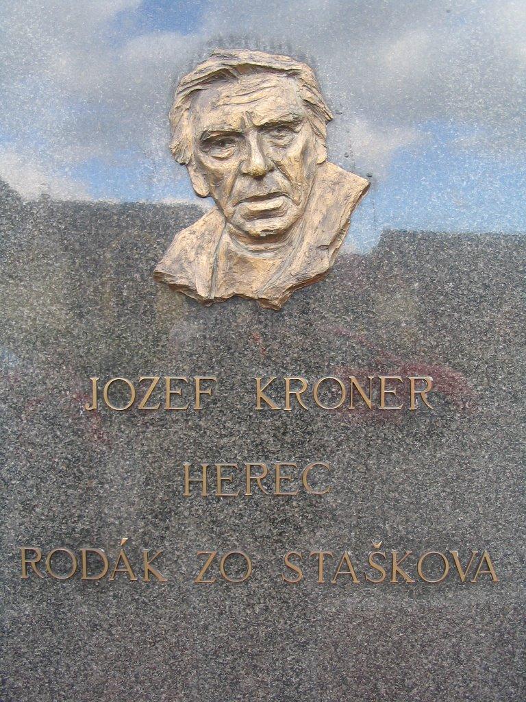 Staškov, Pamätník Jozefa Krónera