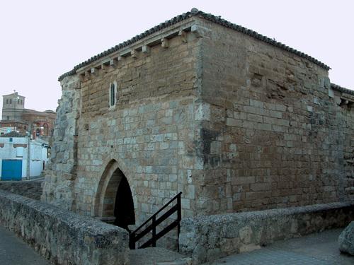CAMINO DE SANTIAGO-2005. POBLACIÓN DE CAMPOS (Palencia). Ermita de la Virgen del Socorro (sXIII).