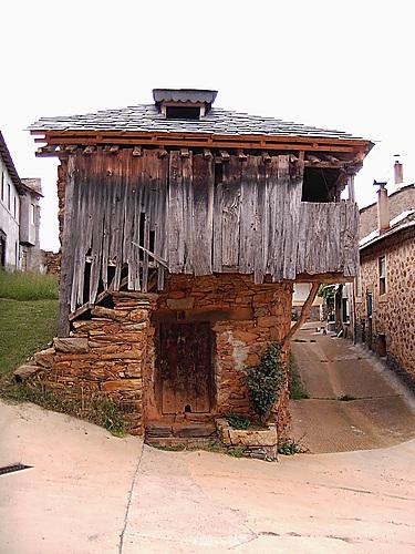 Casa típica cabreiresa