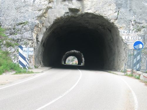 Tunel del desfiladero de la Yecla