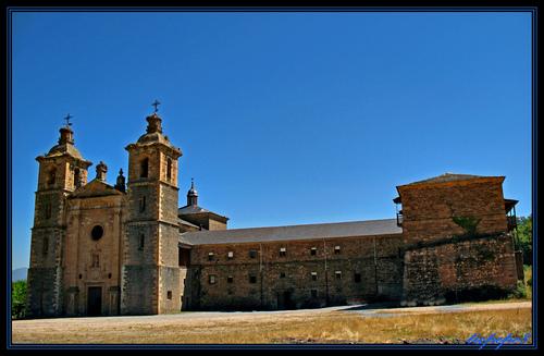Vega de Espinareda Monasterio de San Andres