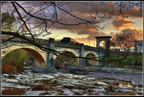 Pont de la colonia del Pelut . annamora