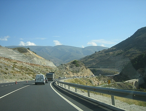 Demanding landscape for road builders! Northbound traffic up to the left!