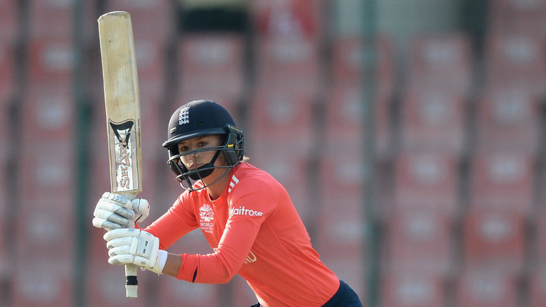 Anya Shrubsole ruled out for England Women