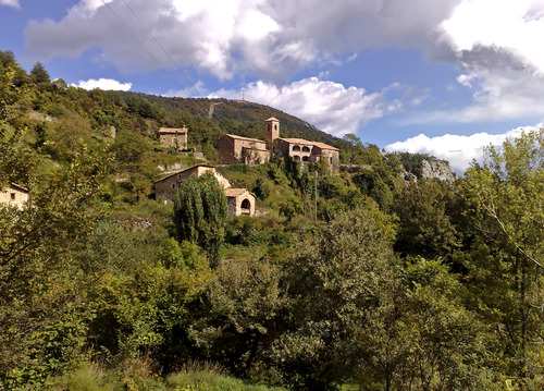 Espinalbet village, by Julio M. Merino