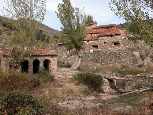 EL VILLAR (Aldea de Enciso-La Rioja). 2005. 01. Arquitectura rural.
