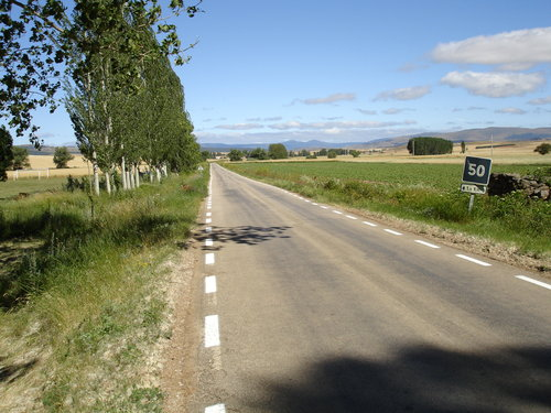 Carretera a Villares de Soria