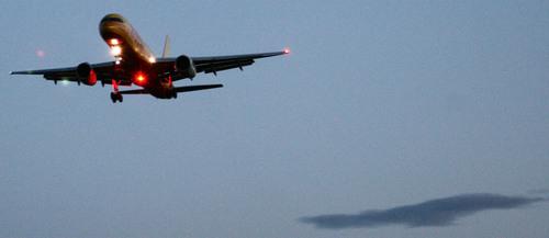 Boeing 757-23APF OO-DLJ de DHL aterrizando en Foronda - ASIER IBAÑEZ