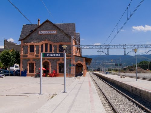 Puigcerdà railway station, by Julio M. Merino