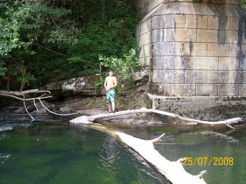 Bajo el  Puente viejo