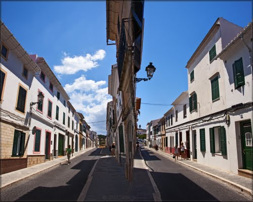 Both ways, Calle del General Alberti, Es Mercadal, Menorca, Spain
