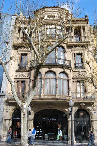 Casa Gabernet Espanyol  (nº9 izda)