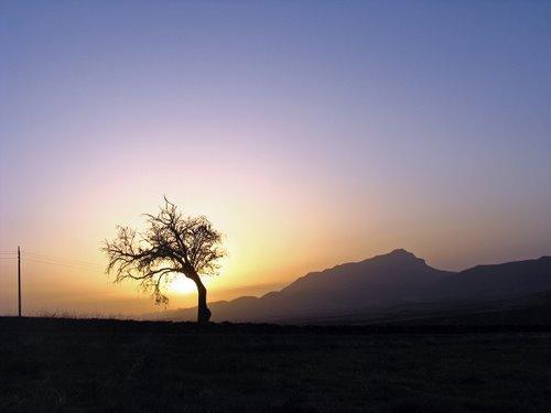 Peña Oroel amaneciendo