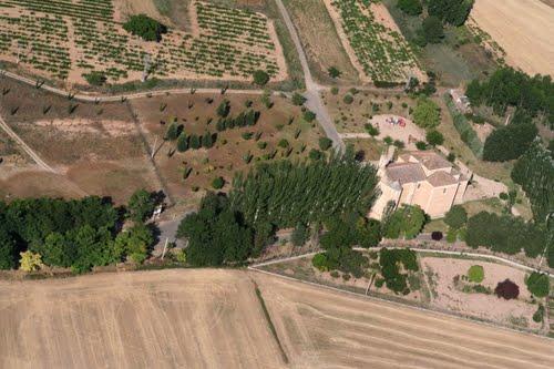 Vista aérea de la ermita de la Trinidad de Fuentespina