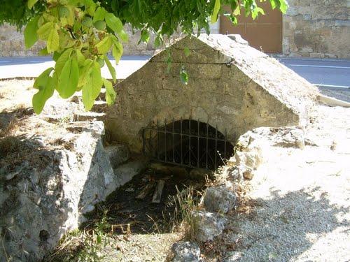 Fuente medieval llamada romana